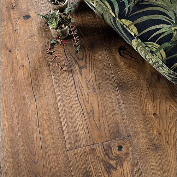 BOEN Oak Antique Brown Chalet Plank 1-Strip 300mm Live Natural Oil Brushed
