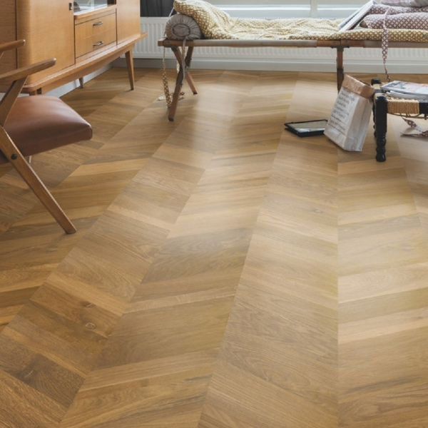 Quick-Step Intenso Traditional Oak Oiled INT3902 Chevron Engineered Wood Flooring