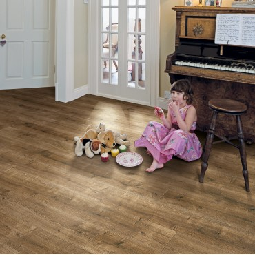Elka Smoked Oak Laminate flooring (8mm Thickness)  (D) Limited Stock