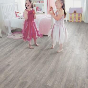 Elka Pebble Oak Laminate flooring (8mm Thickness)
