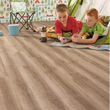 Elka Honey Oak Laminate flooring (8mm Thickness)
