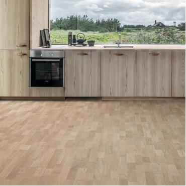 Kahrs Oak Mist 3-Strip Ultra Matt Lacquered Brushed Engineered Wood Flooring