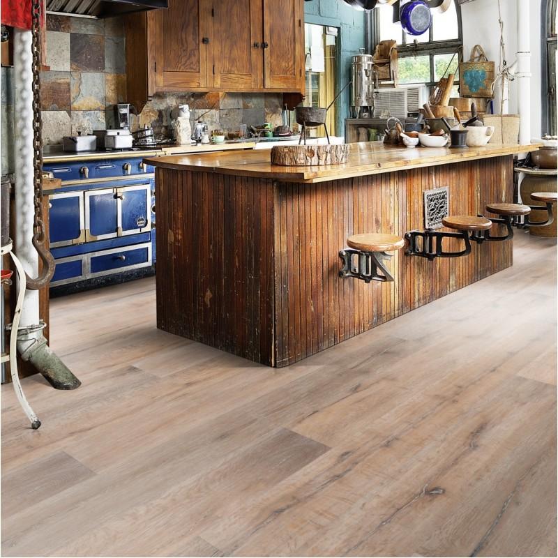 Kahrs oak grande chalet 1 strip 260mm nature oil smoked for Chalet flooring