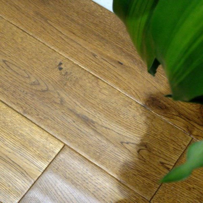 OFD Oak Titan Golden Hand-scraped Lacquered Engineered Wood Flooring