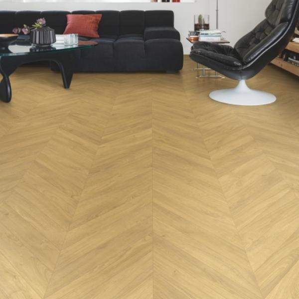 Quick-Step Impressive Patterns Chevron Oak Natural IPA4161