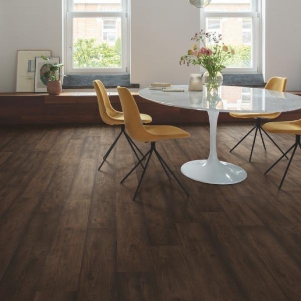 Quick-Step Signature Waxed Oak Brown Laminate Flooring SIG4756