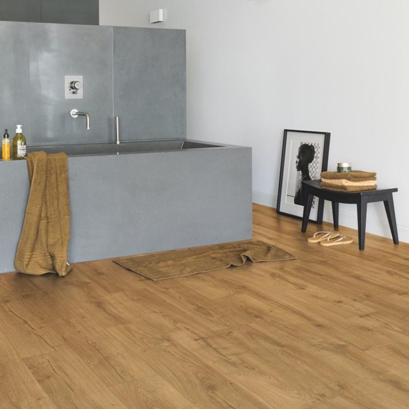 quick step impressive classic oak natural laminate flooring. Black Bedroom Furniture Sets. Home Design Ideas
