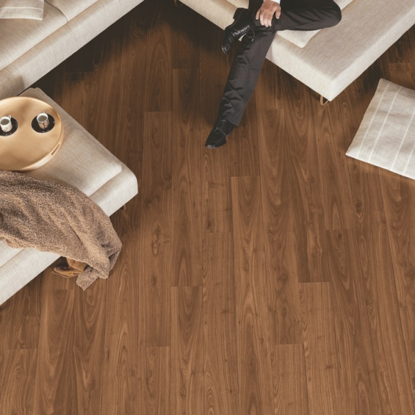 Quick-Step Perspective 4v Oiled Walnut Planks Laminate Flooring (D) no longer available
