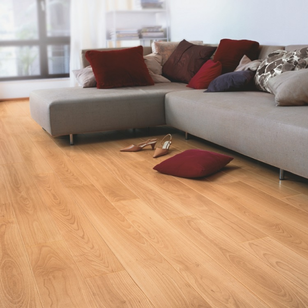 Quick-Step Perspective 4v Varnished Beech Planks Laminate Flooring (D) no longer available