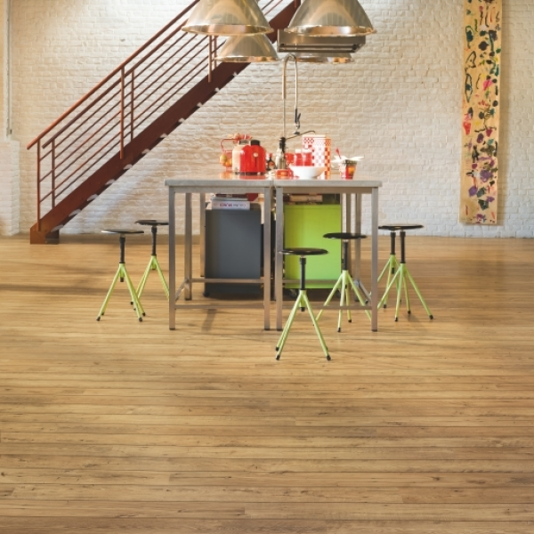 Quick-Step Perspective Wide 2v Reclaimed Chestnut Natural Planks Laminate Flooring (D) no longer available