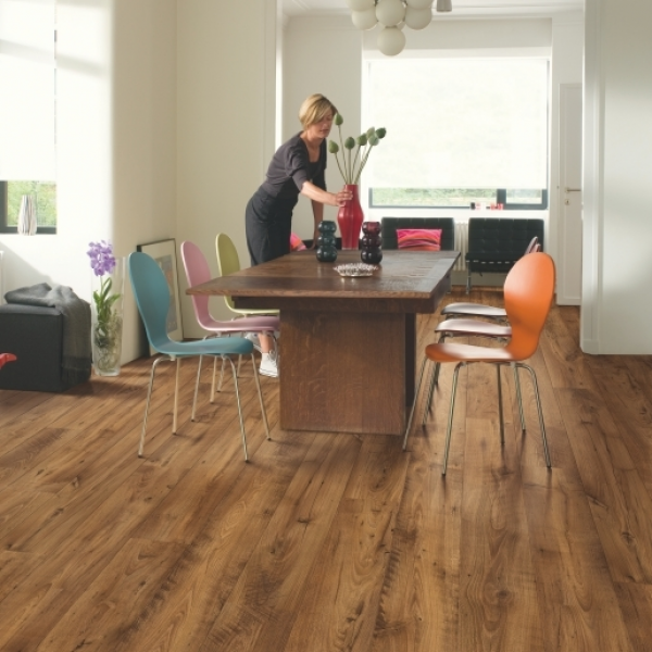Quick-Step Perspective Wide 2v Reclaimed Chestnut Antique Planks Nature Laminate Flooring (D) no longer available