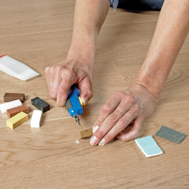Quick-Step Repair Kit for Quick-Step laminate, Livyn or parquet flooring