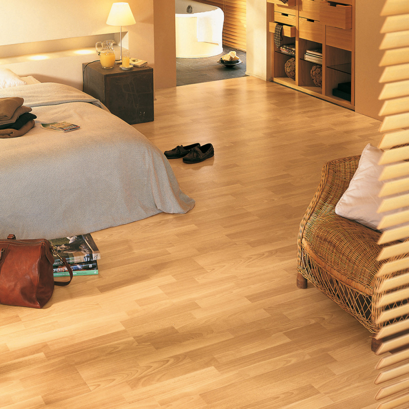 Laminate Flooring Beech: Quick-Step Classic Enhanced Beech Laminate Flooring