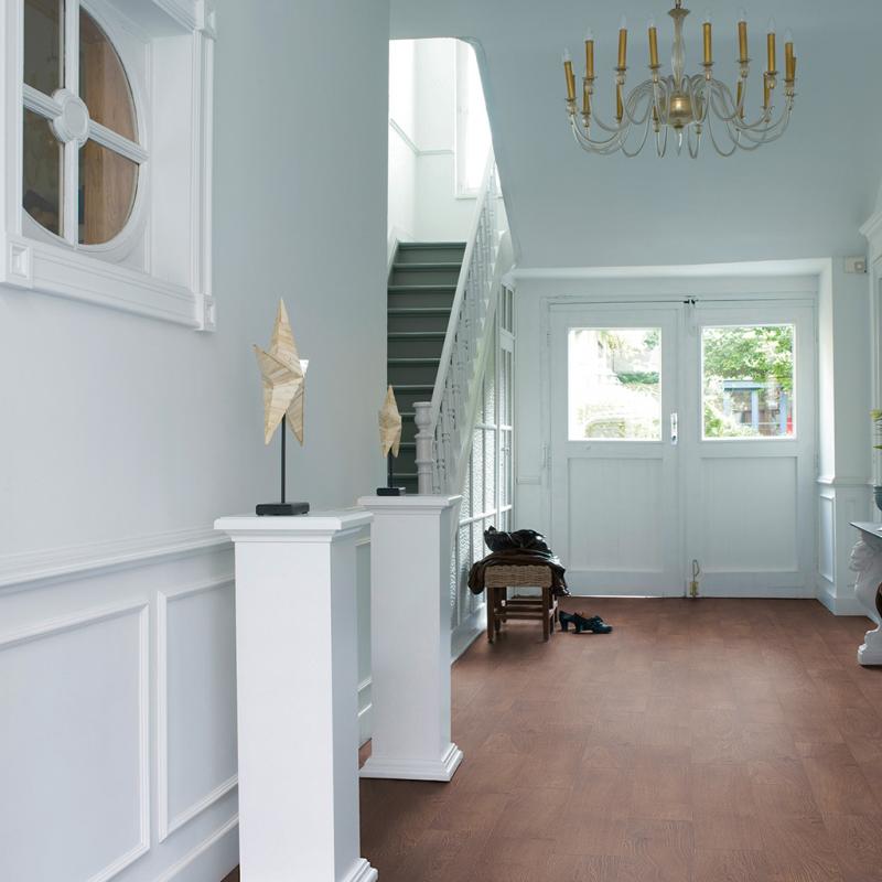 Quick Step Classic Natural Varnished Oak Laminate Flooring