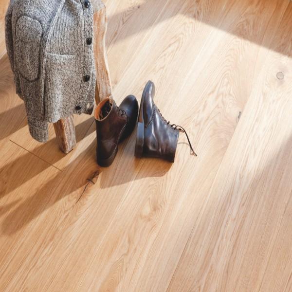 BOEN Oak Traditional Chalet Plank 1-Strip 300mm Live Natural Oil Brushed