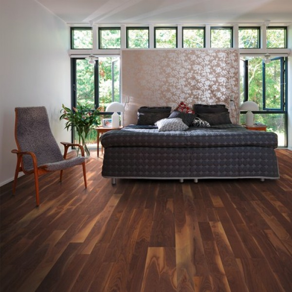 Kahrs Walnut Georgia Oiled Engineered Wood Flooring
