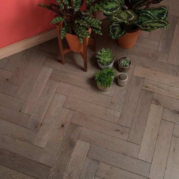 Woodpecker Goodrich Barn Oak Engineered Herringbone Flooring