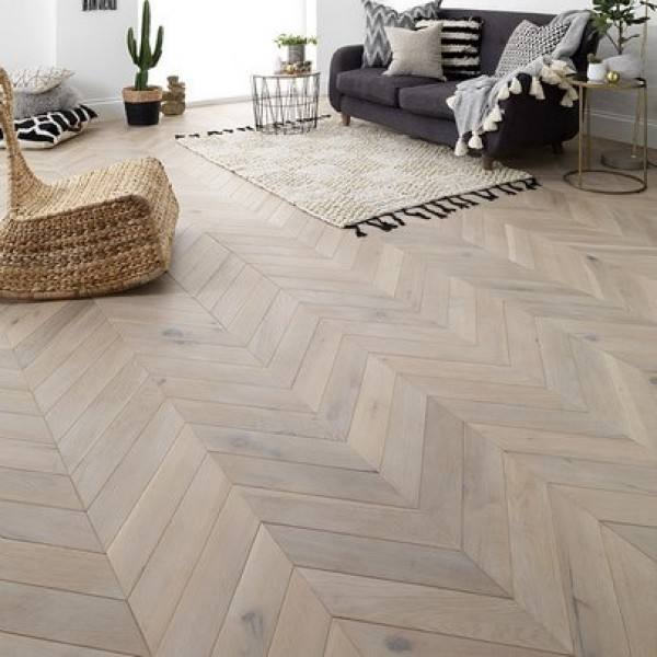 Woodpecker Goodrich Haze Oak Engineered Chevron Flooring