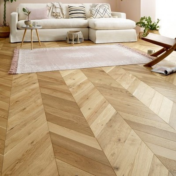 Woodpecker Goodrich Manor Oak Engineered Chevron Flooring